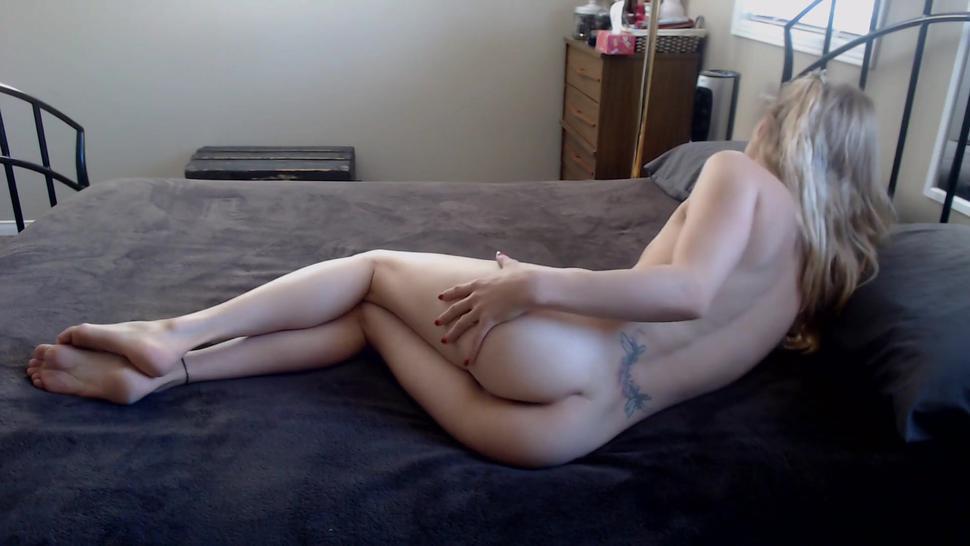 Cheating Blonde Slut Opens Her Loose Cunt For Cum