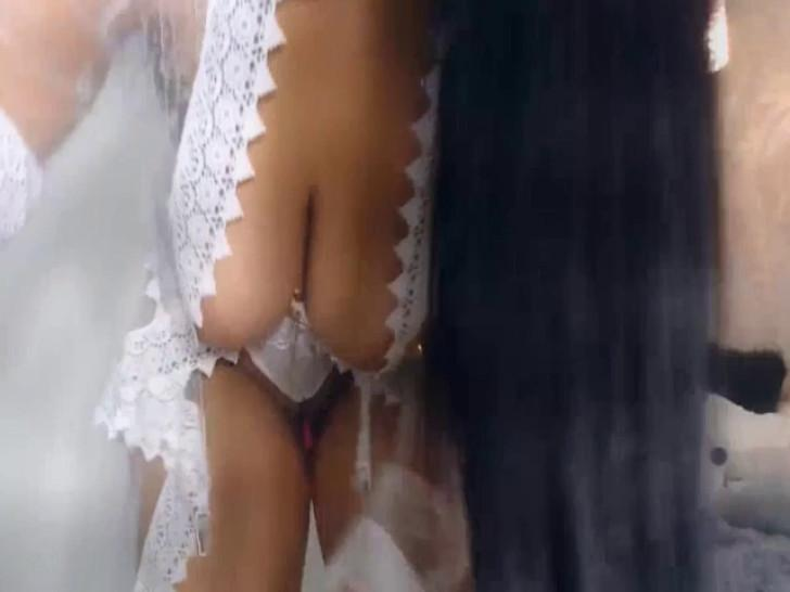 Busty And Raven Brunette Performed And Show Off Live