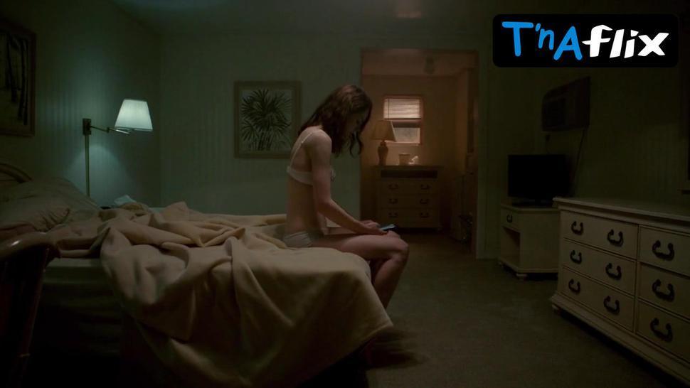 Michelle Dockery Sexy Scene  in Good Behavior