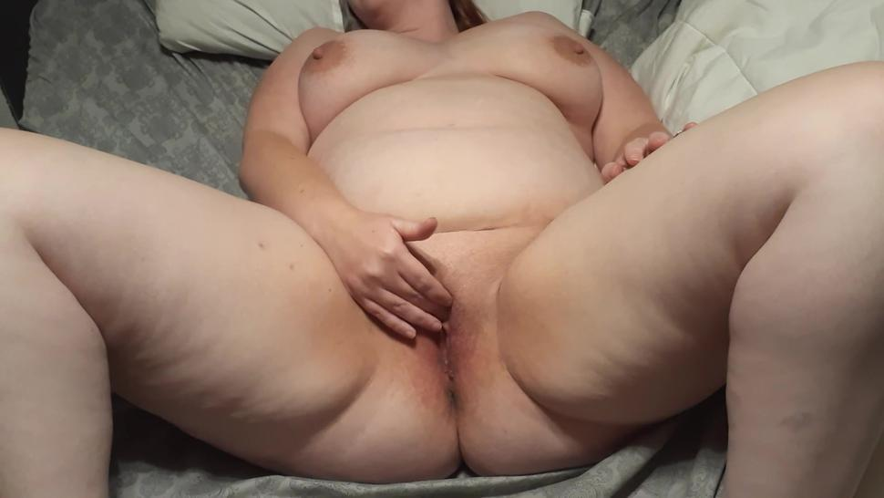 Husband films pregnant wife masterbate until she squirts