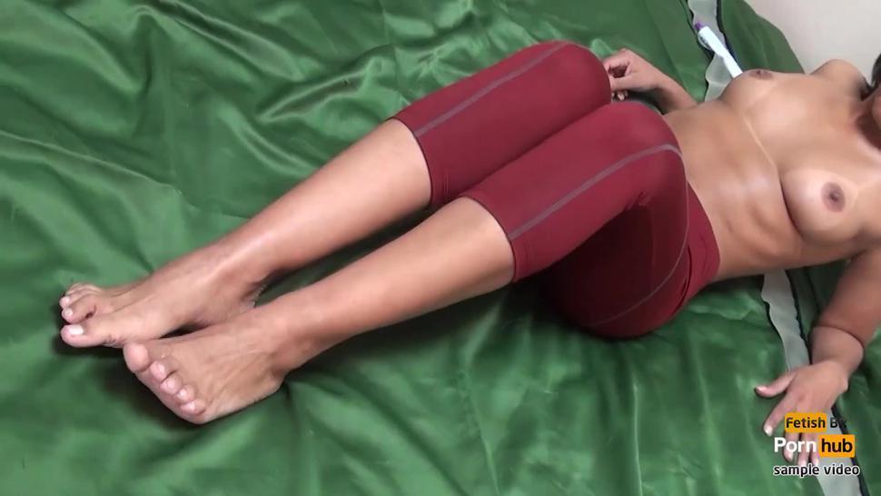 Linda Morena sliding her feet on my cock in leggings! Amazing footjob!