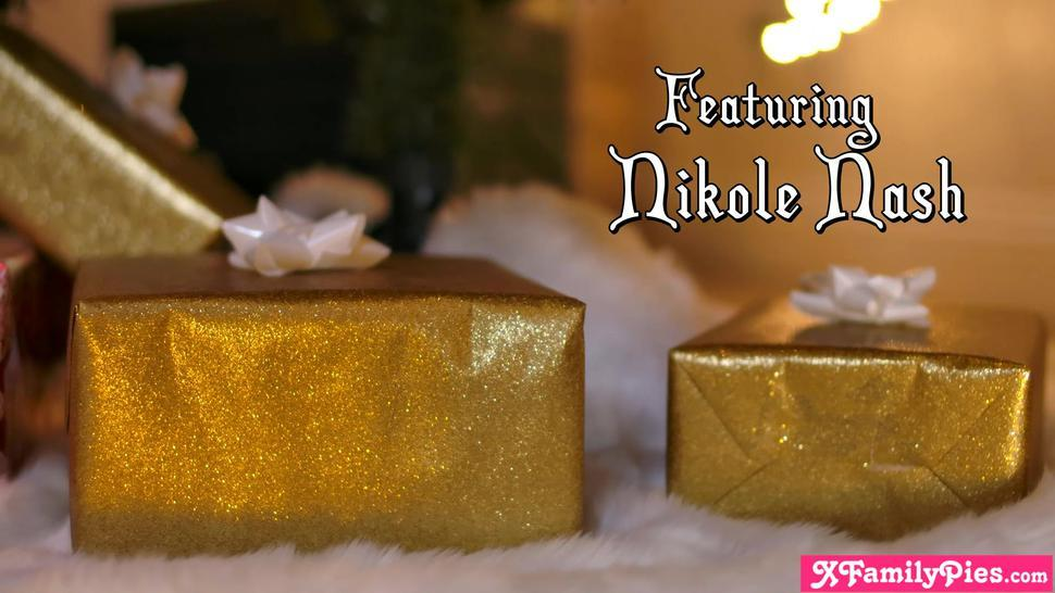Teen stepsisters Hime Marie and Nikole Nash want a creampie for xmas