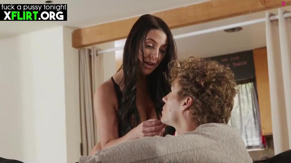 Angela White Busty Milf Mom Hardcore With Stepson