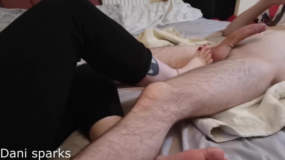 Mistress Roxxy foot job on her foot slave