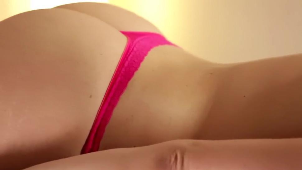 Massage Turns into Hot Lesbian Fun
