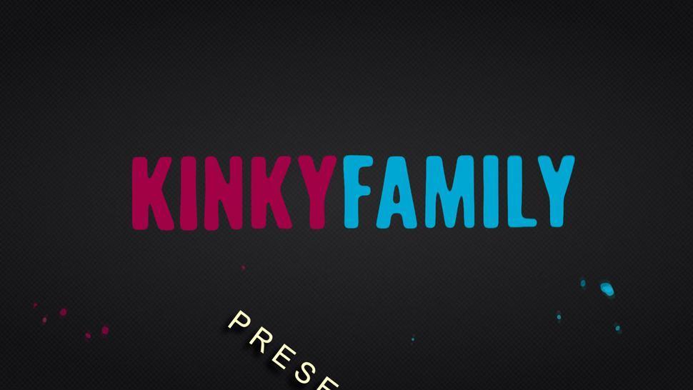 Kinky Family - Silvia - Stepsis fucked me for a favor