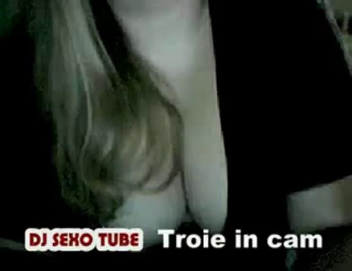 [DJ SEXO TUBE] troie in cam (bitch on cam) 1