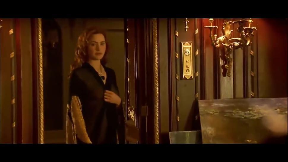 Kate Winslet naked in Titanic