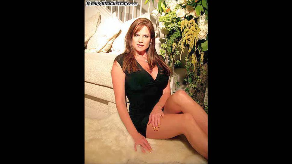 Kelly Madison HUGE 34 FF Natural Titties PICS 'Floral Fantasy' (10-02) Slideshow