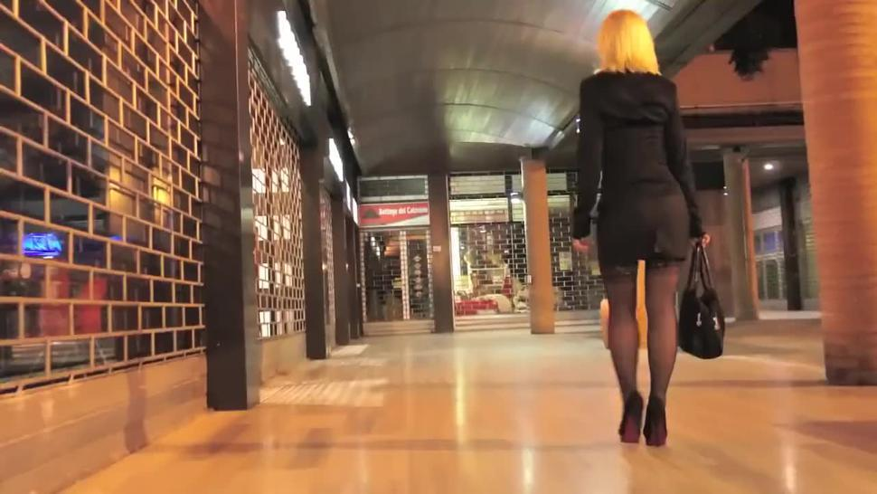 The sexy blonde Cougar Malena smoking sexy out on the town