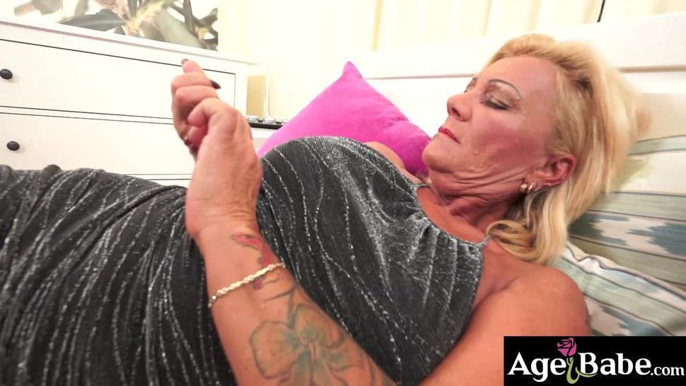 Tattooed granny Orchidea moans softly as Robs prick in her mature twat