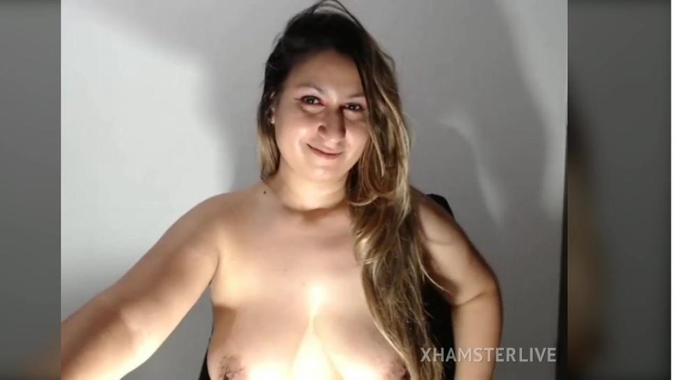 Isabella masturbating with vibrator