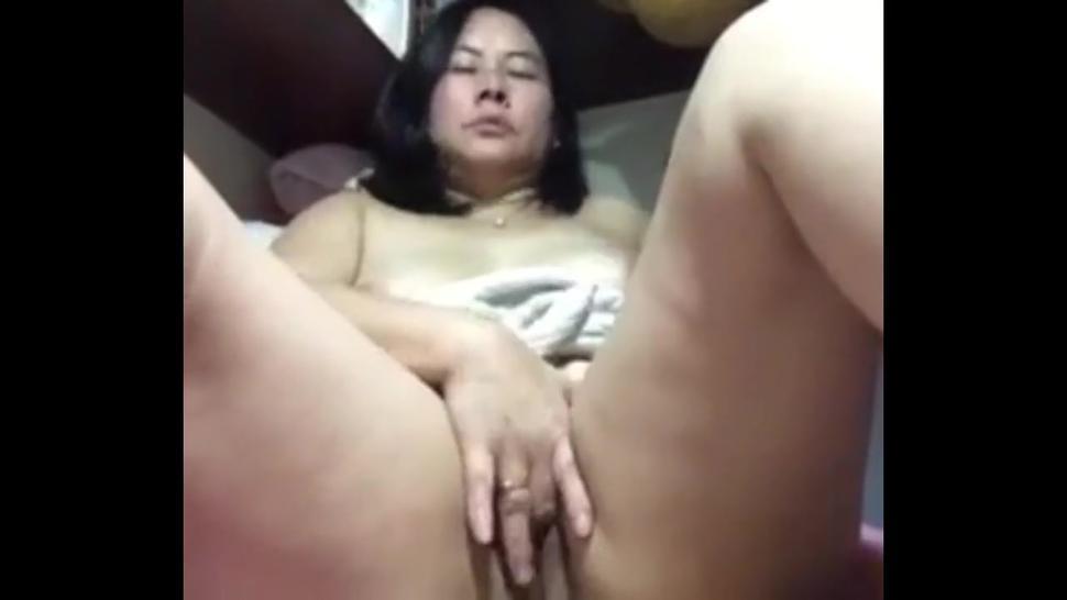 Cam Asian Mature Masturbation