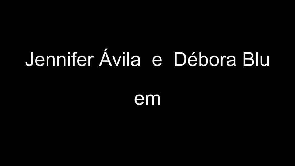 Debora Blu & Jennifer Avila kissing in Makeup to kiss - by Lony Fetiches