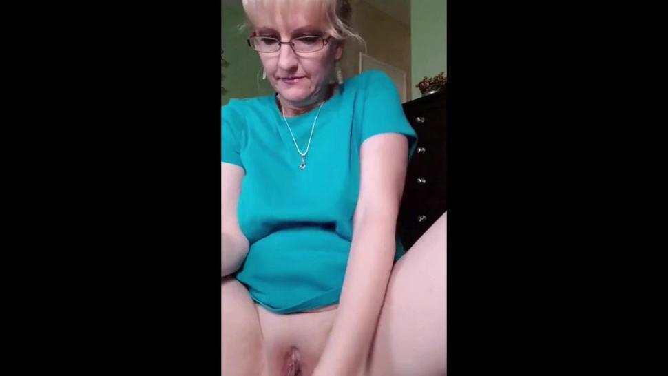 always anal plugged when masturbating