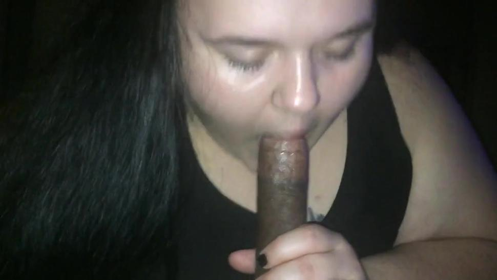 Fat white hoe sucking dick