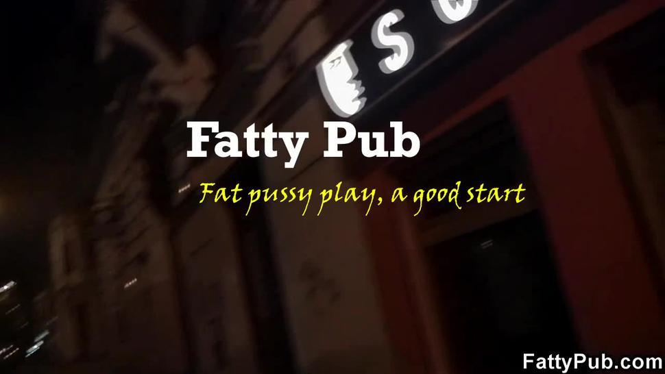 Fat Pussy Play, A Good Start