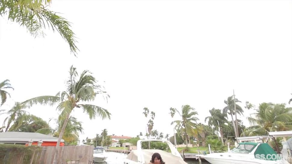 Fat Ebony Bitch Takes Cock - Pink Kandi