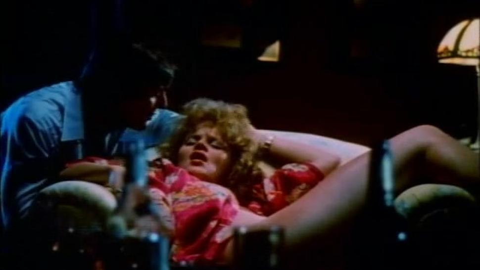 Classic MILF Sex With 70s MILF When Having Free Time