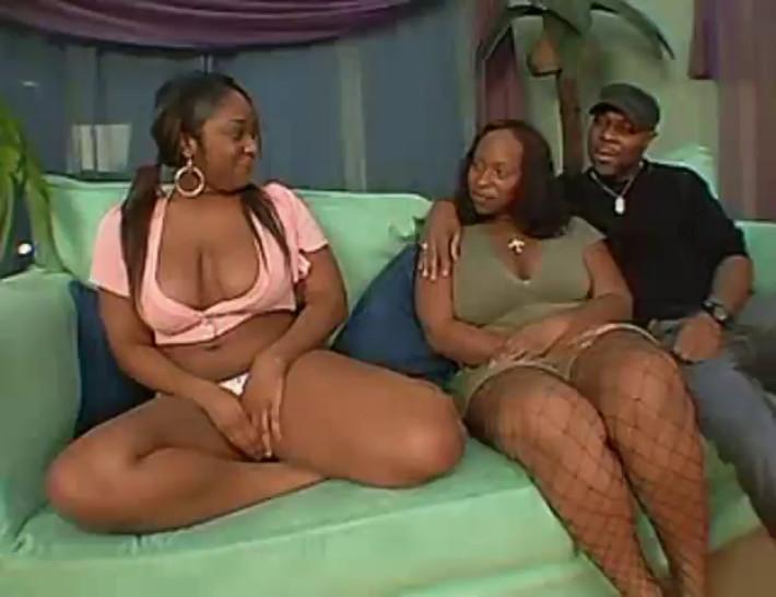Skyy Black & Raven 3some