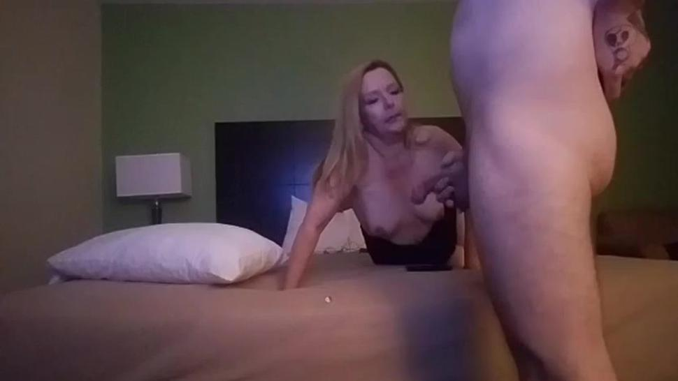 45yr Old Real Estate Agent Blowjob