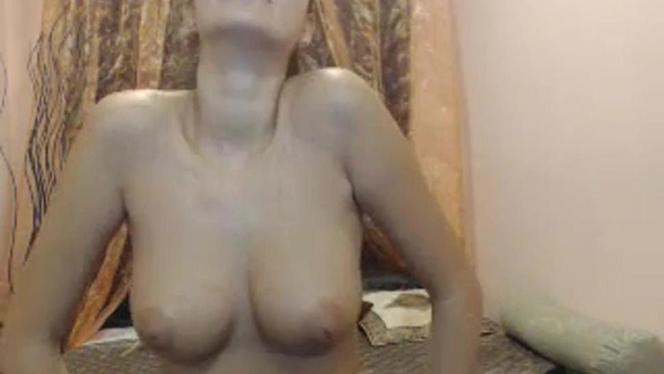GB three hours with a horny naked brunette