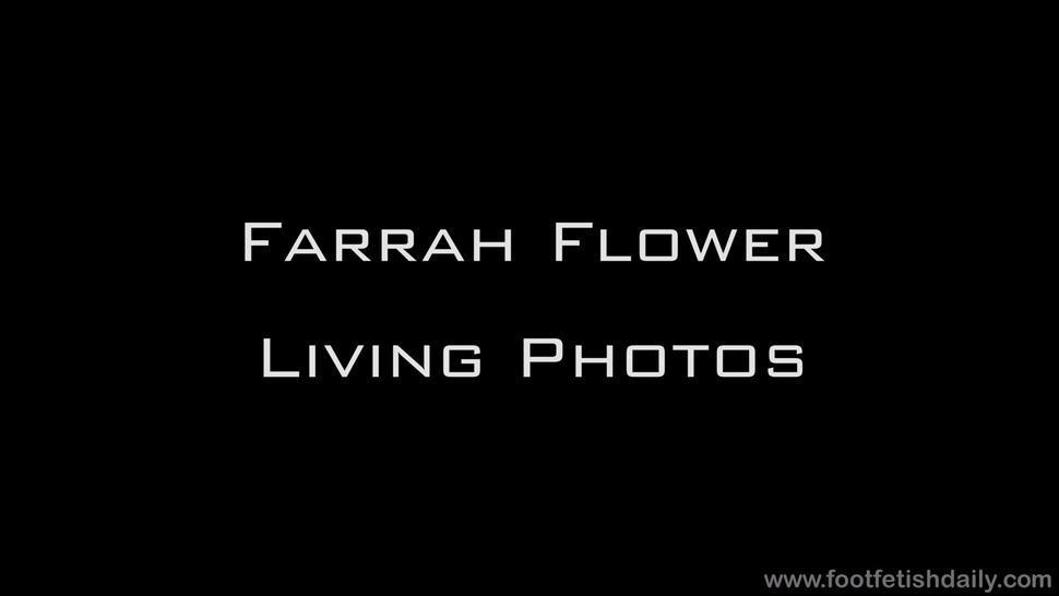 Naked Girl With Sexy Feet - Farrah Flower
