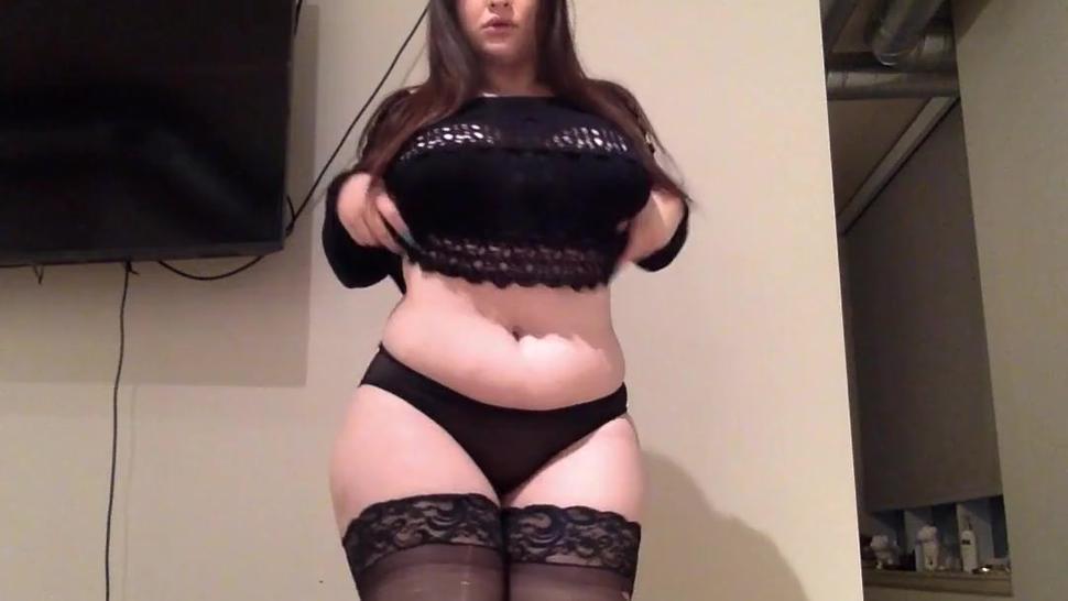 Sexy Girl Pawg Twerks On A Dildo Till She Cums - Bella Anne