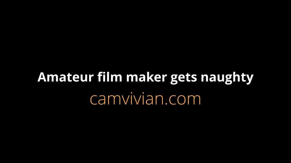 camvivian-amateur-film-111-partp55.mp4Amateur film maker gets naughty