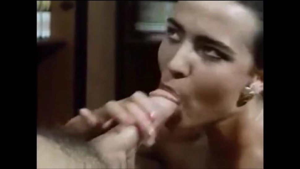 BLOWJOB CUMSHOT 10 BEST EVER - blowjobs in vintage HD movies, CELEB girls suck dick swallow cum POV