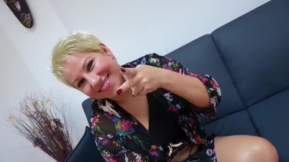 Camila cumple su sueño de ser follada analmente por Jordi