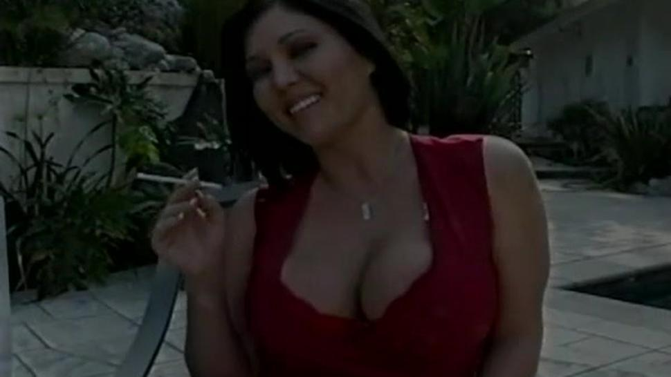 Stupendous woman who likes sex more than anything else