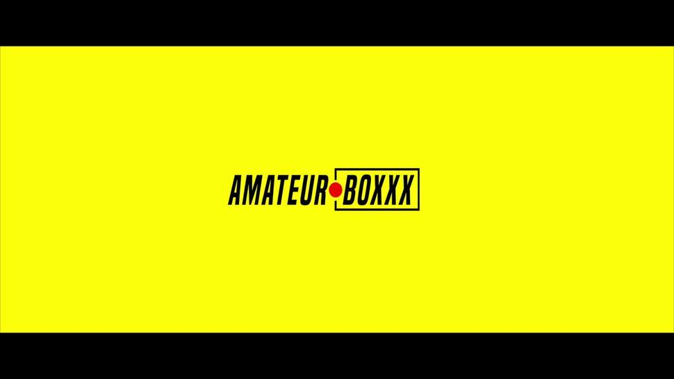 Older House Mate FUCKS Ava Eden in the Shower - Amateur Boxxx