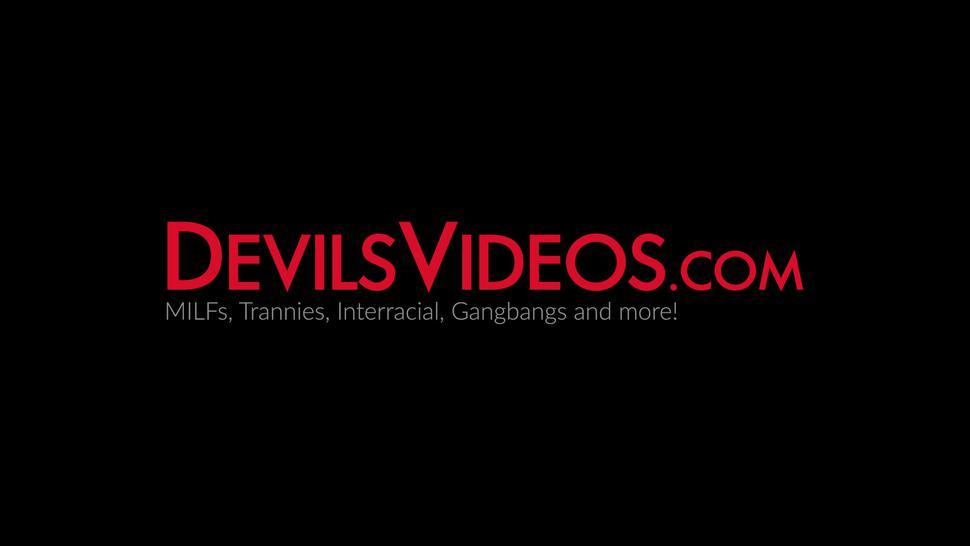DEVILS VIDEOS - Adorable ebony Nia Nacci reverse cowgirl banged after BJ
