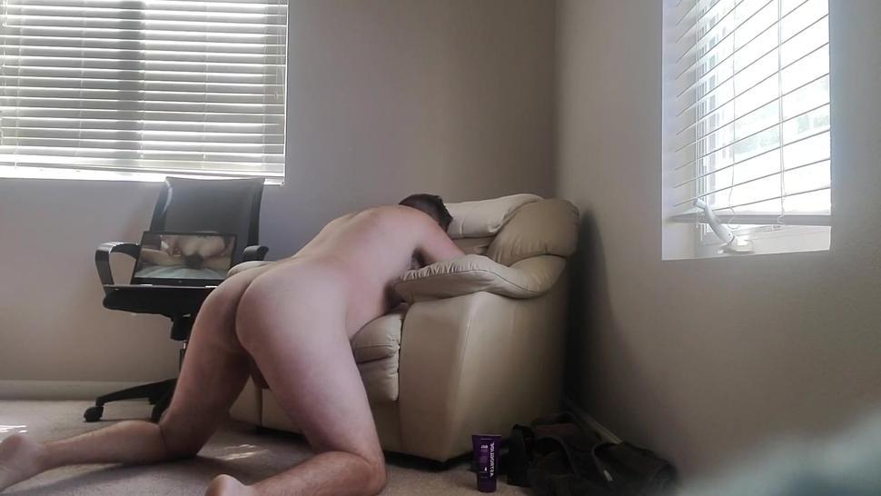Married daddy stops by to unload