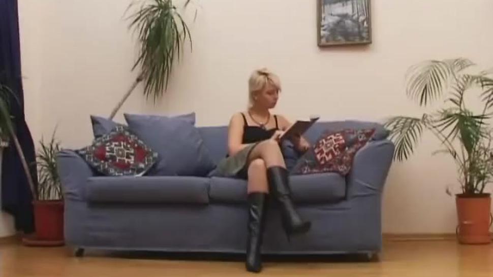 Russian mistress makes slave worship feet