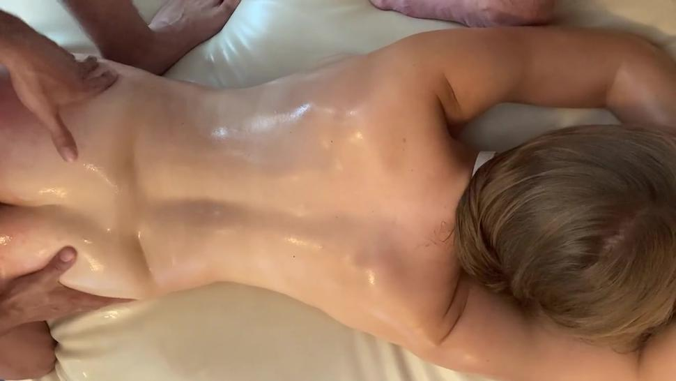 Amateur hotwife massaged and fucked by bull while husband films