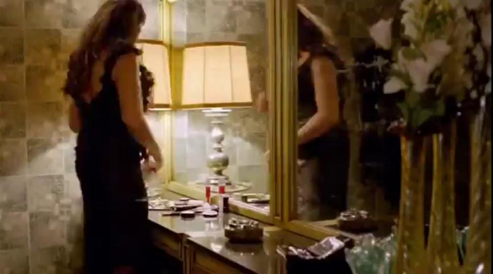 Brunette/smoking/actress arabic non smoking nude