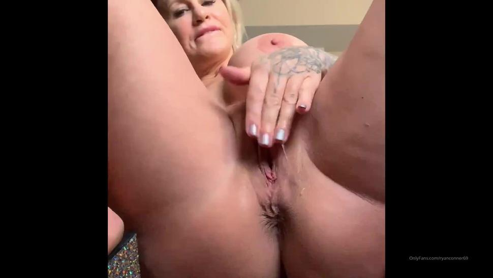 ryan conner pussy play