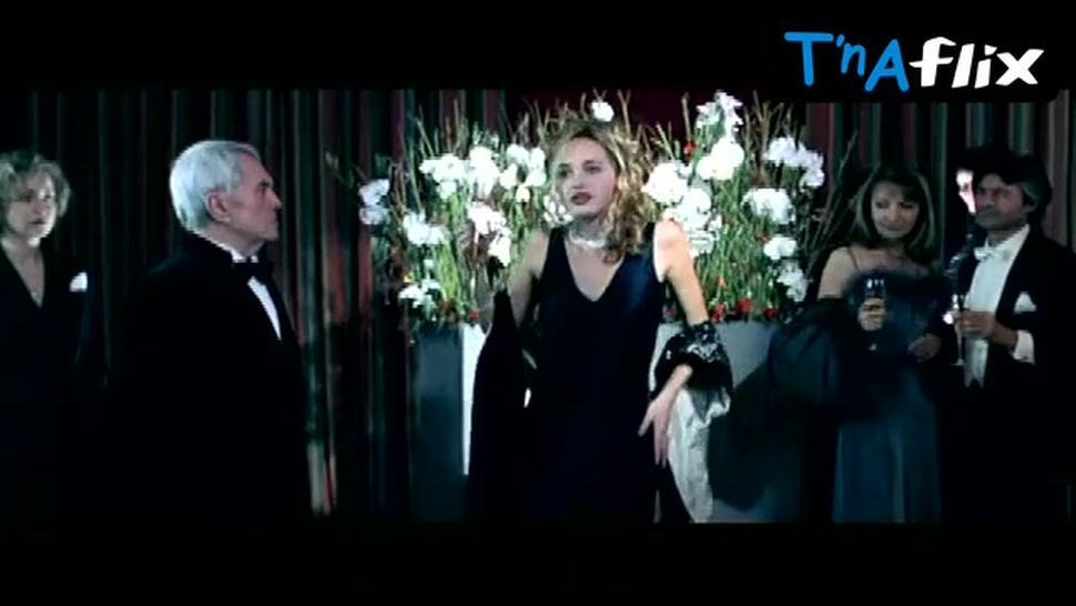 Helene De Fougerolles Breasts Scene  in Mortel Transfert