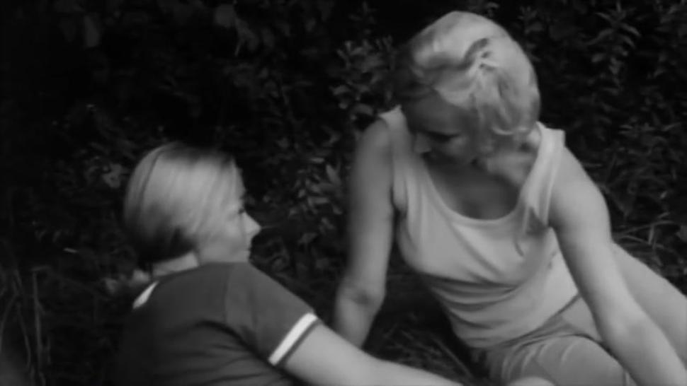 Vintage Lesbian scene from the 60s