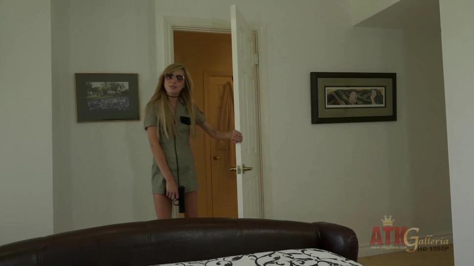 Fantastic Pussy Stimulation - Kaylee Haze