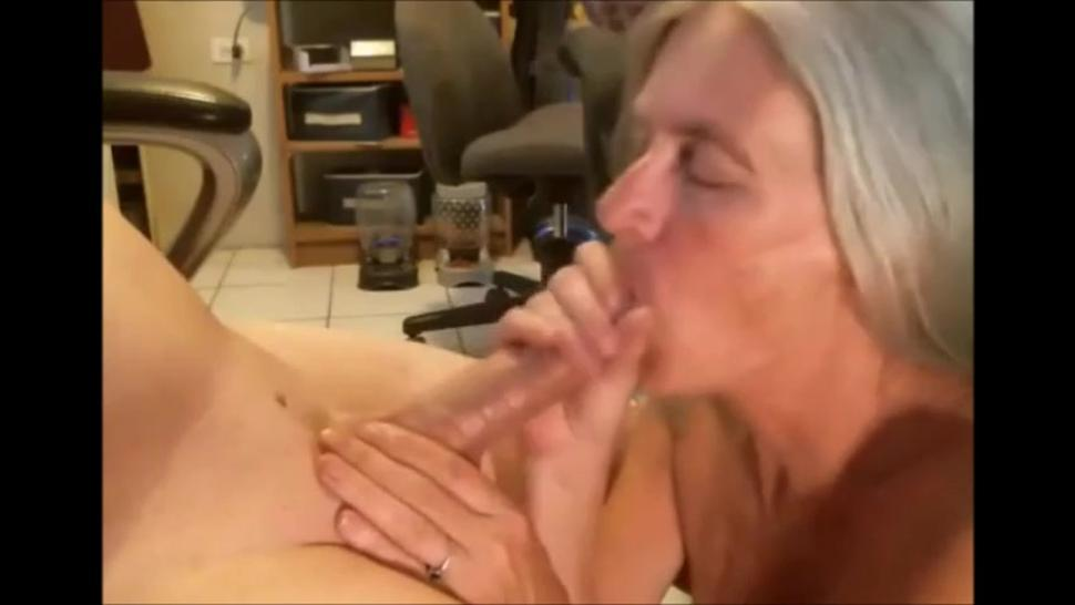 White hair wife giving blowjob and swallow cum