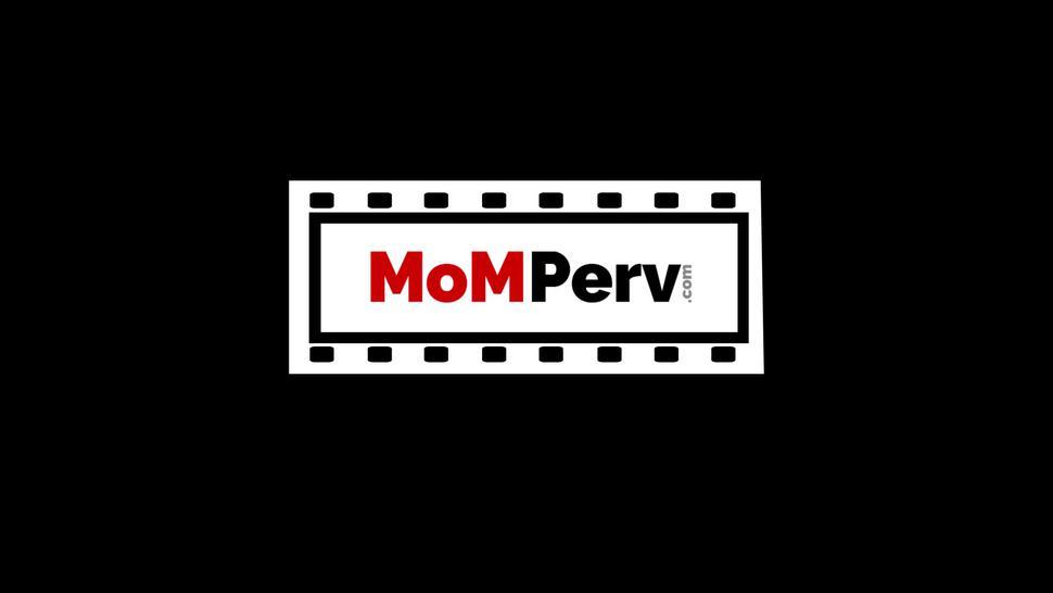 MOM PERV - Big ass stepmom Ivy Lebelle seduces stepson into wild sex