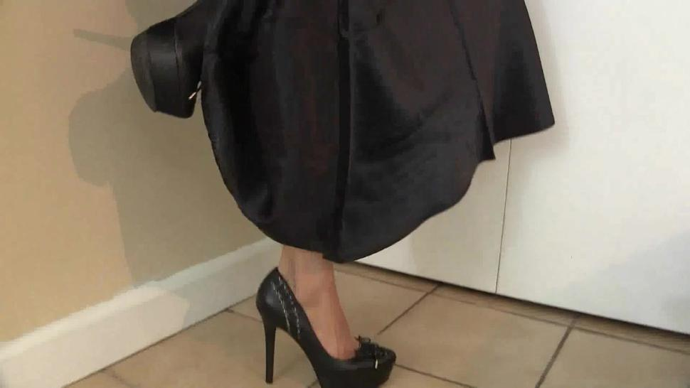 Sexy Girlfriend With Nice Dress Uses Cock - Lelu Love