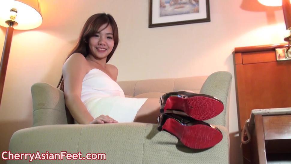 asian feet yu3467
