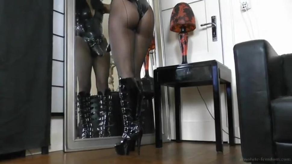 Smoking Mistress with Strapon
