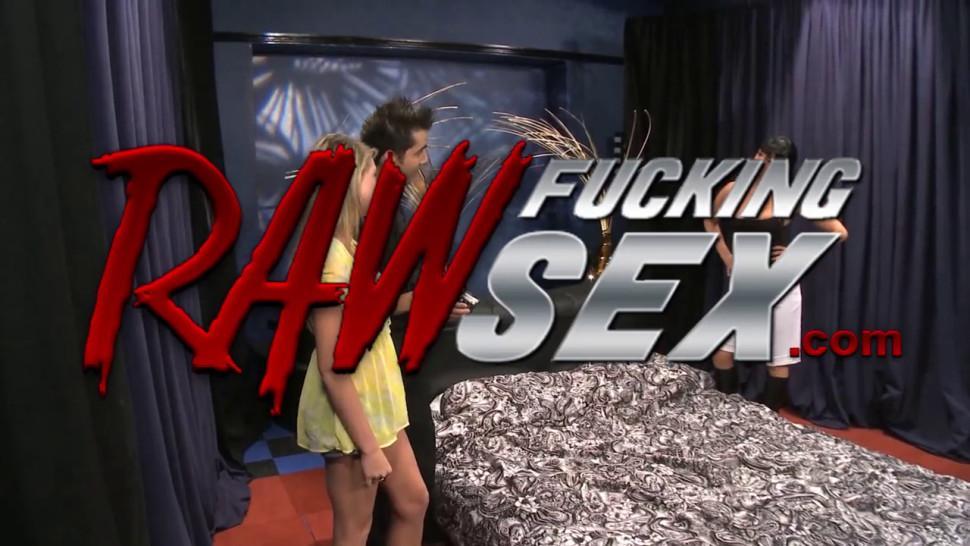 Raw Fucking Sex - Shawna Lenee Shared Her Boyfriends Dick