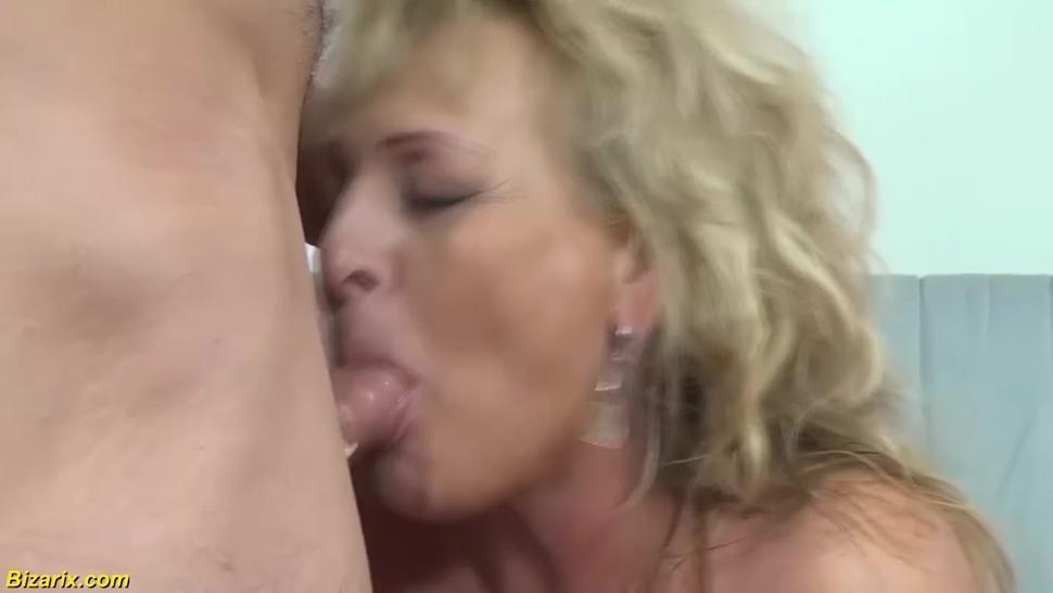 BIZARIX - chubby mmom fist fucked by stepsiblings