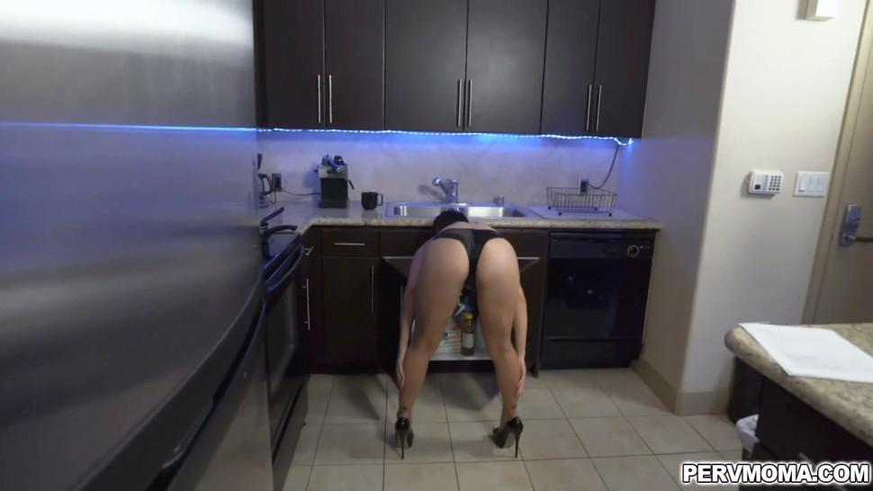 Crystal teases her stepson Ike with her perfect ass